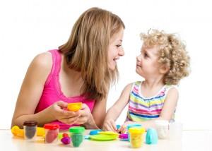 moeder_kind_spelen_taalontwikkelingsstoornis